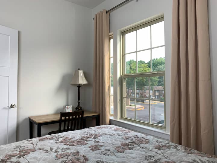Comfy private room - new townhouse - Annandale, VA