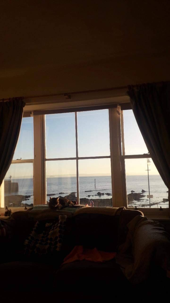 Uninterrupted sea views, private garden, sleeps 4