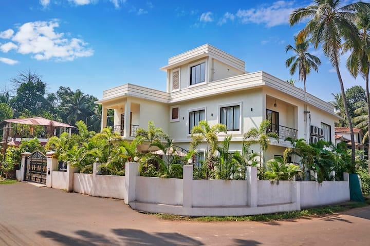 Luxury Goan Villa:  Independent-Serviced-Pvt. pool