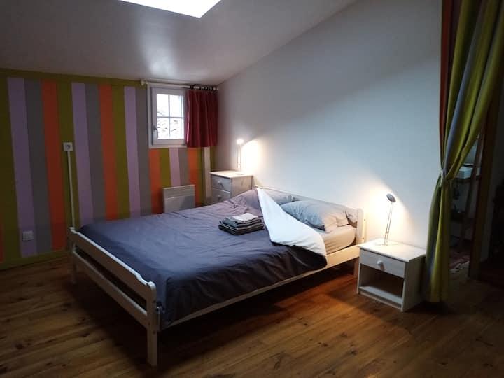 Nérac : 1 chambre dans une maison avec jardin
