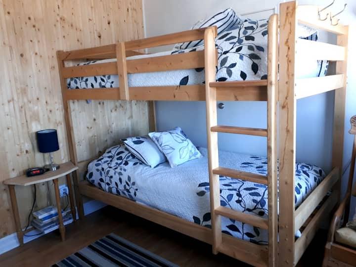 Gîte du Bon Vent - Chambre lits simples avec vue