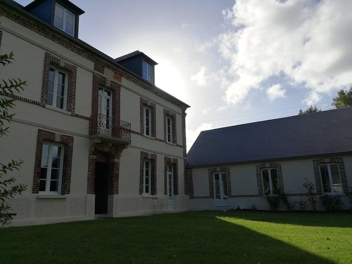Baromesnil, maison authentique La Ruchelière