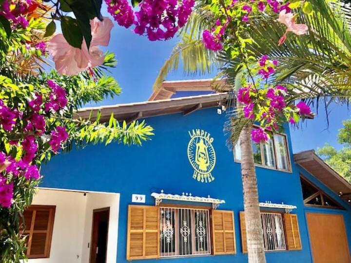 Lampião Hostel - Ilha do Campeche Dorm