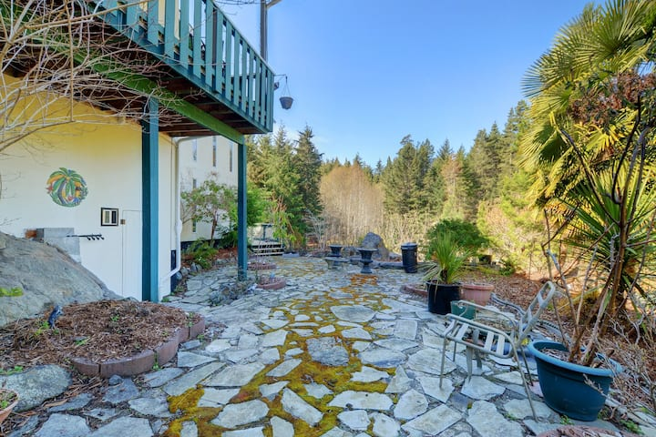 Side Suite Private Entrance On 2.5 Acres Nature