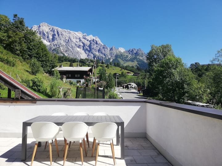 Mountain-View Appartement, 100m2, Terrasse