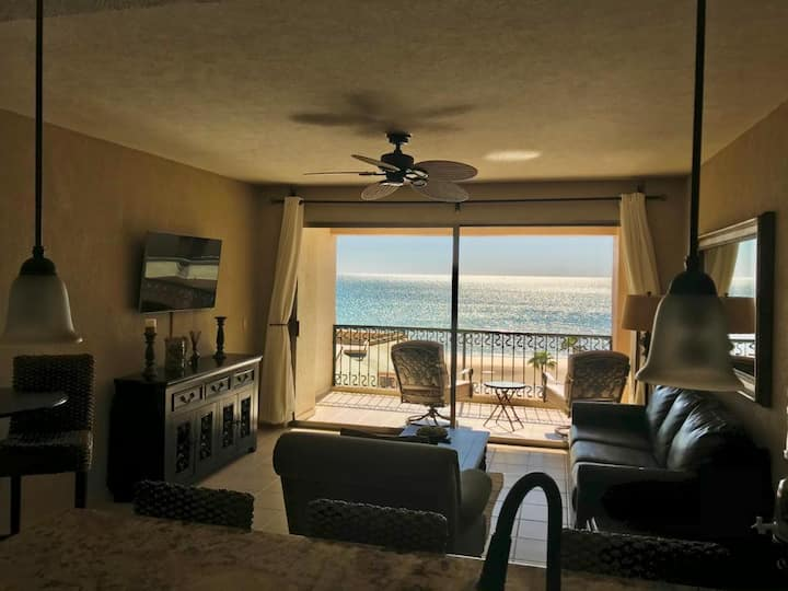 Condo with Beautiful view of the Sea of Cortez!