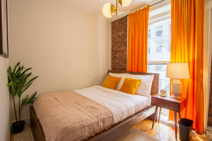 Furnished Room in Convenient Tribeca Location