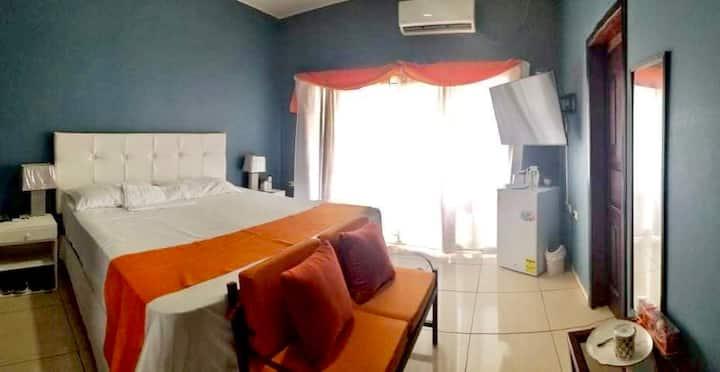 Suite privada en exclusiva zona residencial.
