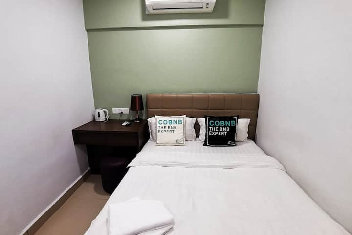 Queen Room near D Pulze Shopping Mall #HBC02