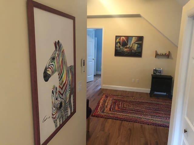 The Rainbow Room Apartment ~ Downtown Douglas MI