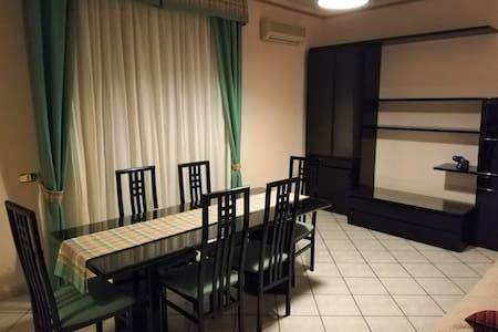 Intero appartamento di 75 mq.