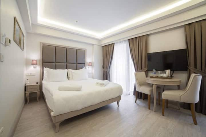 Galata Grace Hotel-Superior Room & Breakfast
