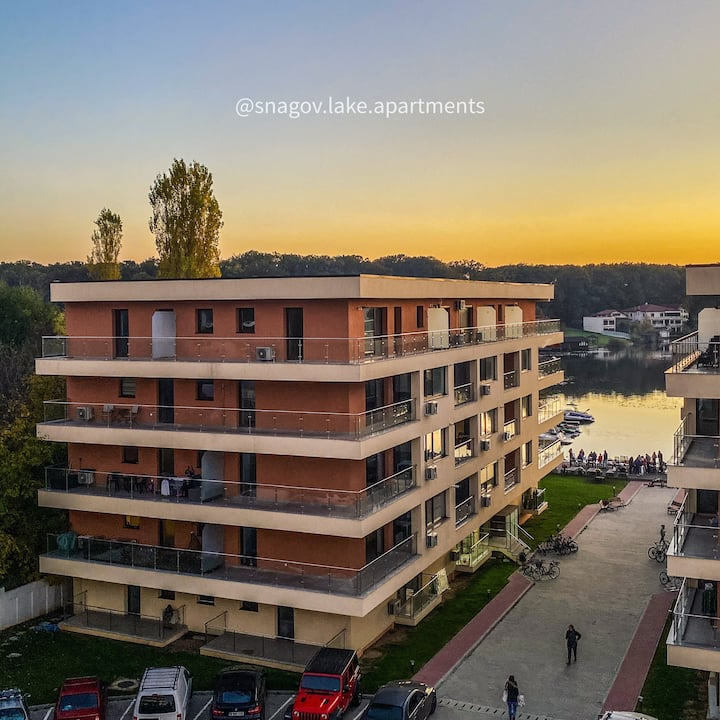 Snagov Lake Luxury Apartment with lake view