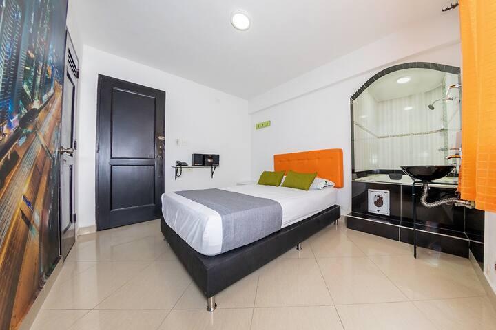 Ayenda 1231 Paradise Center, Suite