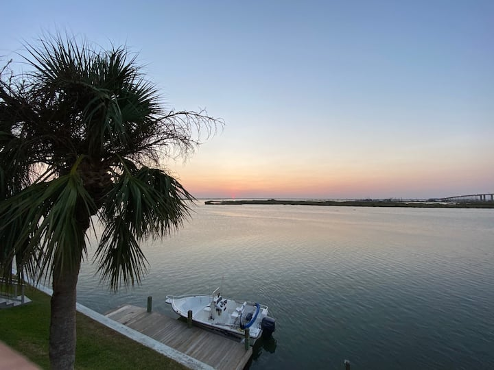 Padre Island Waterfront Condo with fabulous view