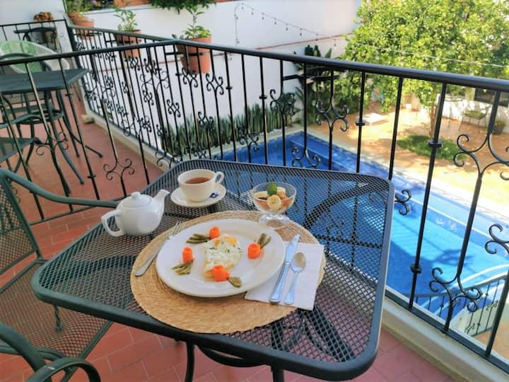 Habitación Ocelotl at Casa Ollin, Bed&Breakfast