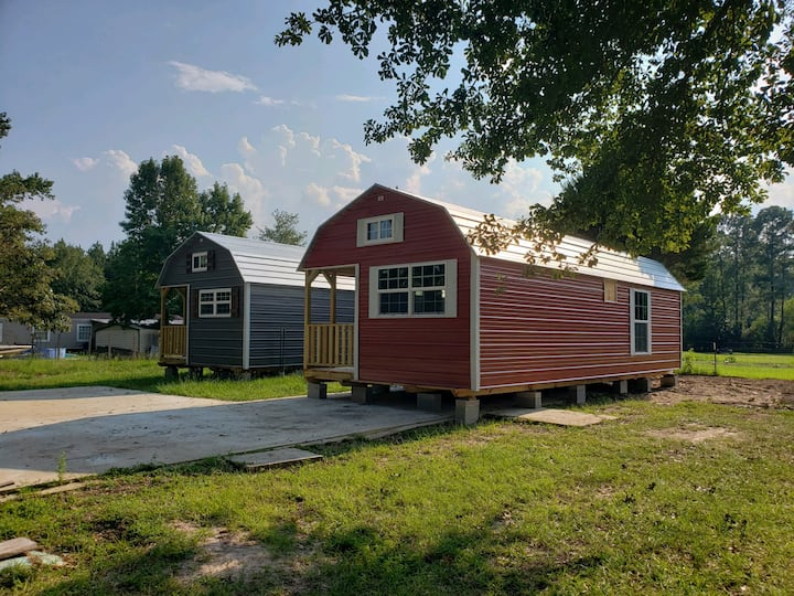 Tiny House Red