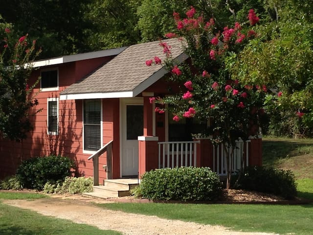 Shady Country Cottage at Mill Creek Ranch Resort