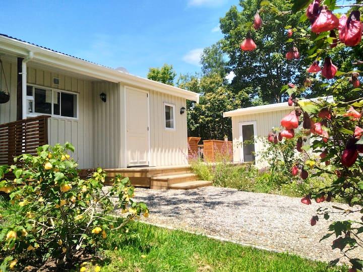 Stunning Motueka Valley - Cherry Homestead cottage