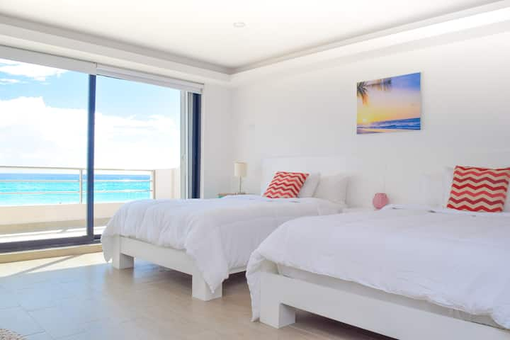 Villa Cancun Caribe ocean front 2