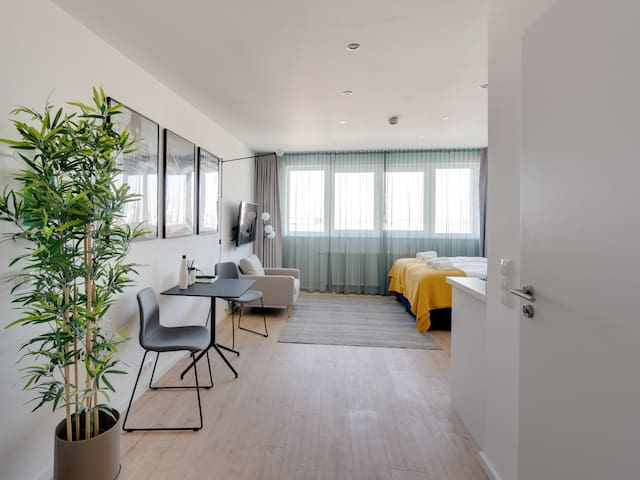 Limehome Darmstadt - Classic Suite LT