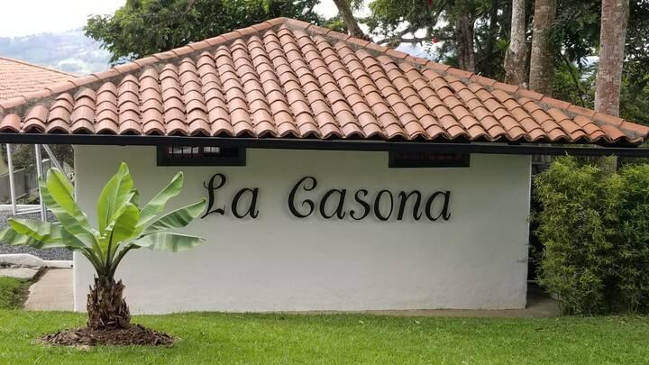 LA CASONA - CALIMA DARIEN, CALIMA LAKE, DARIEN.