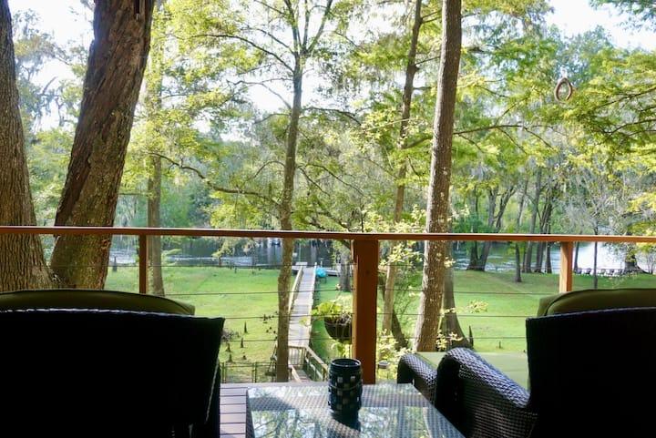 Santa Fe River Bend Retreat at Sunbeam Spring