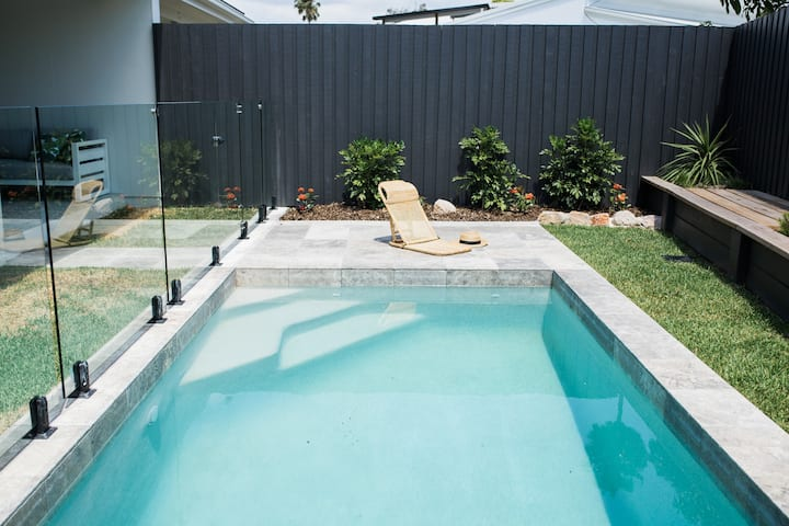 Endless Summer Luxury Beach House Mooloolaba ❂