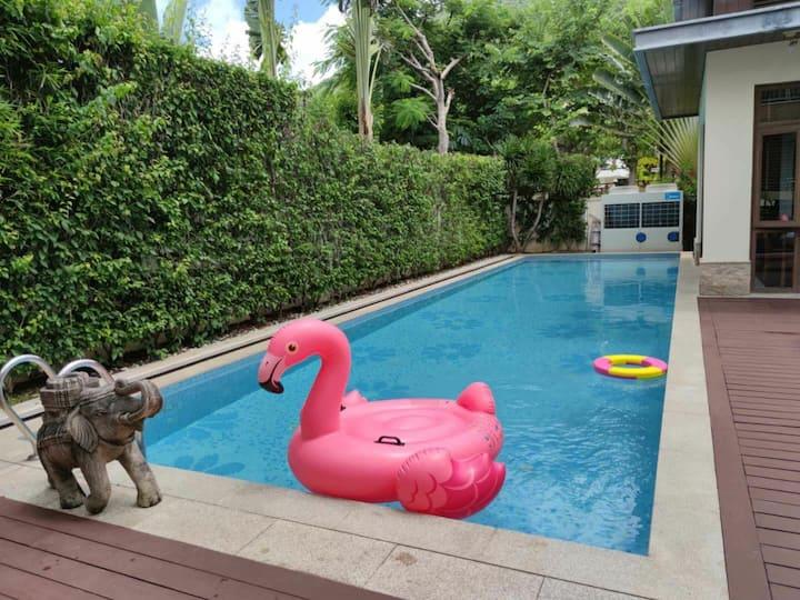 亚龙湾典雅六居舒适山景私家泳池庭院独栋别墅