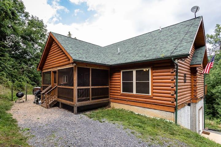 Buck's Run: Newly Built Shenandoah Mountain Cabin