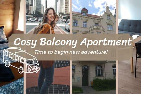 Cosy Balcony Apartment