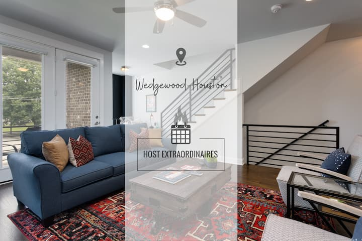 STUNNING CITY TOWNHOME ★ MINS TO BROADWAY