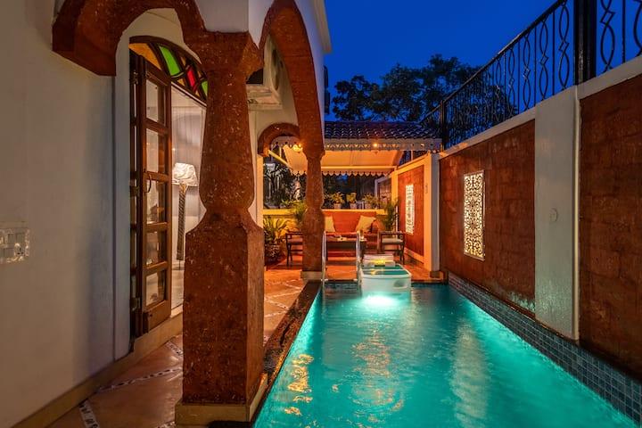 Luxurious 3BHK Villa with a Pool near Candolim