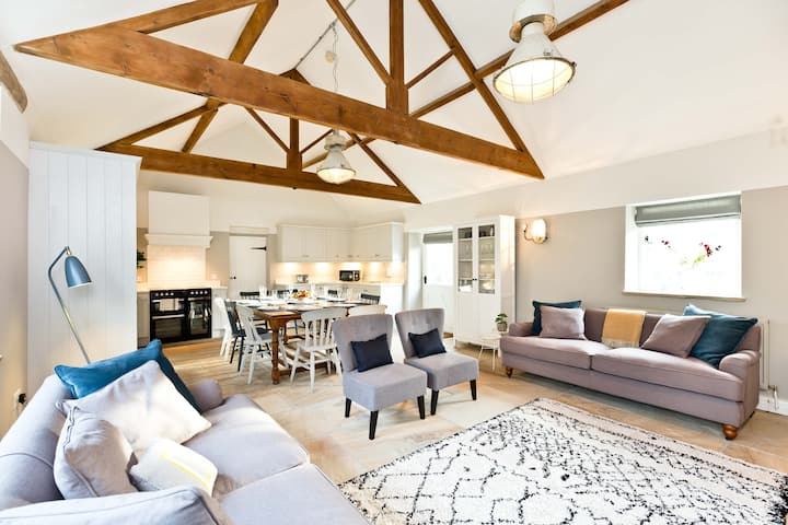 The Old Dairy, Rowdale | Peak District | Sleeps 4