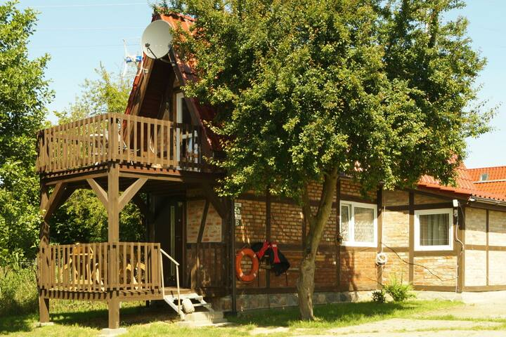 Traper - Domek nr 5a z dwoma tarasami.