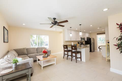 NEW REHAB Lake Hollingsworth (Clearview Ave) 3/2