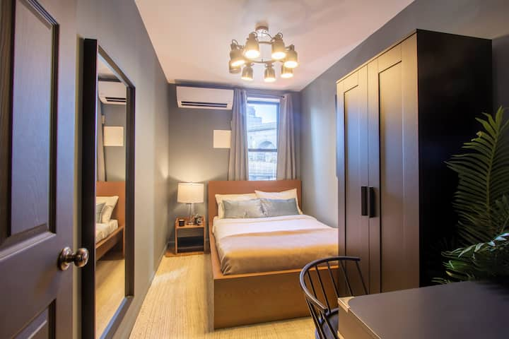 Spacious Full Room in Lower East Side