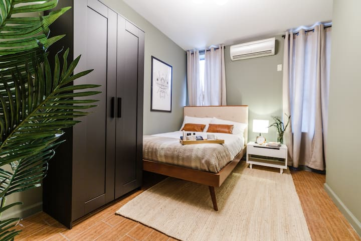 LES Fully Furnished Modern Bed for Flexible Terms