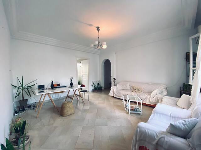 Appartement minimaliste, cozy et lumineux