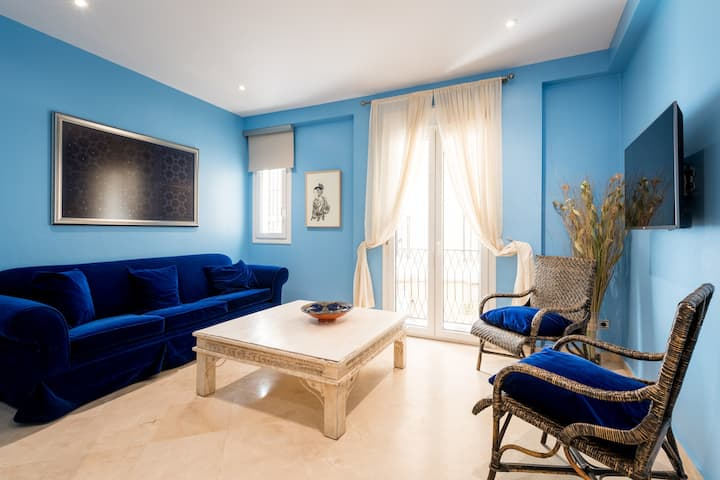 Apartment just 50m from Cathedral.