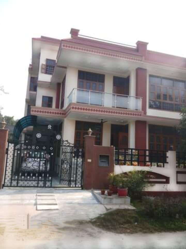4 BR/3 Bath Beautiful House in Greater Noida