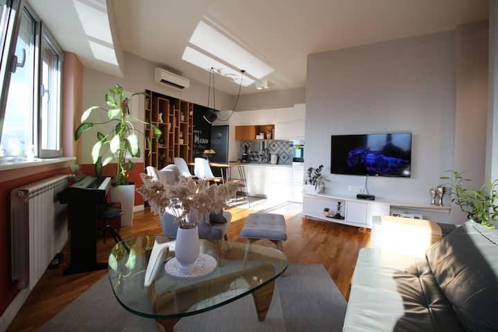 Kristina's Cosy Designer Apartment