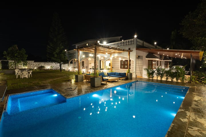 5BHK Pool Villa 9 By The Rentalgram