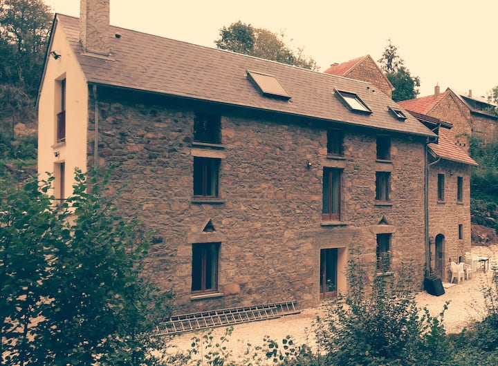 Appartement de charme dans un ancien moulin.