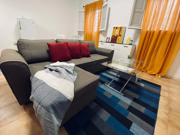Apartamento junto parada Metro Granada en Albolote