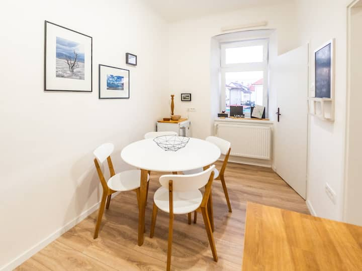Wanderlust Apartment – new apt close to the center
