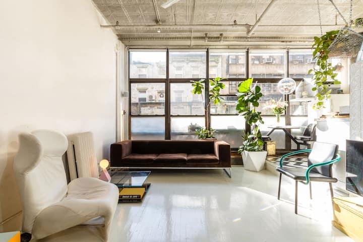 Sunny & Spacious Manhattan loft