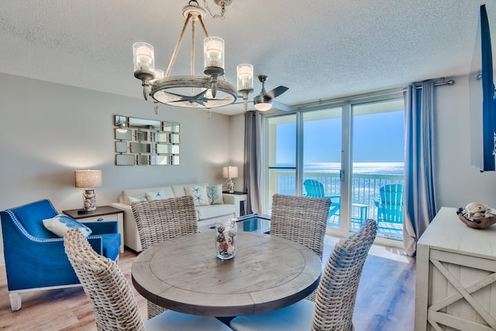 Renovated beachfront condo with spectacular views