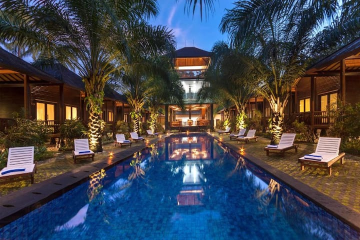 Stunning 1BR Bungalow at Coconut Boutique Resort