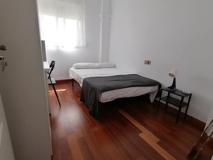 Habitacion Malaga Centro Todos Gastos Incluidos